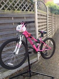 Girls Pink Apollo Bike, Excellent Condition, Ages 8-12