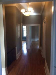 Spacious 2 bdrm in Century old Triplex; close to river/downtown Stratford Kitchener Area image 6