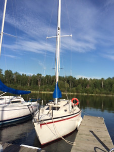 1977 San Juan 23 Ft Sailboat & Calkin twin axle trailer