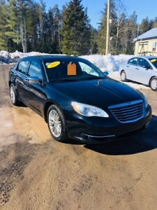 2012 Chrysler 200-Series Limited Sedan low kms !!!