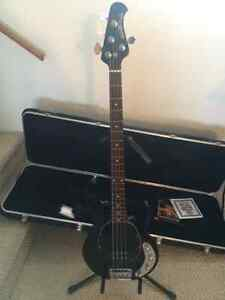 Wanted: Looking to trade Stingray 4 for a 5 string.