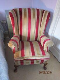 2 Pakerknoll Easy Chairs.