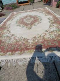 Wool rug, oriental style, clean - 9ft x 6ft