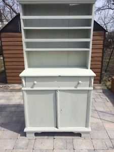 Rustic Country Style Hutch - Solid Wood