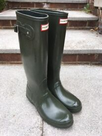 Green Hunter wellies UK size 9 - BRAND NEW