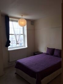 A VERY BEAUTIFUL AND SPACOYUS DOUBLE ROOM TO LET IN SHEPHERDS BUSH !!! ALL BILLS INCLUDED !!!