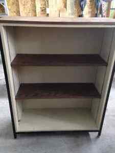 Bookcase with 2 shelves brown
