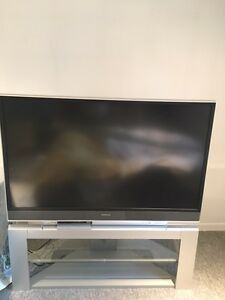 Hitachi Projector TV with Stand - Excellent Condition