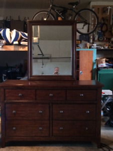 Like New Solid Wood Dresser and Mirror