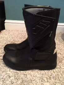 Black MOTORBIKE BOOTS - size 6/6.5 - hardly worn - great condition