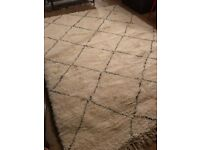 The most amazing rugs for sale - Beni Ourain contact me now for purchases