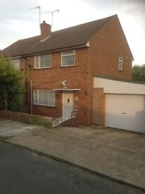 3bedroom semi detached house, fully refurbished, residential location, double garage, amenities