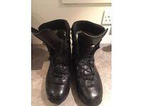 LOWA GTX Combat Men's boots