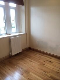 Single sunny furnished room in shared house on Bearflat, Bath