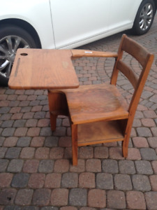 CHILDS     OLD SCHOOL DESK  & WAGON
