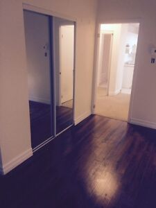 !!RENOVATED 4 1/2 APARTMENT DOWNTOWN MONTREAL!!