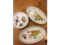 3 Royal Worcester dishes, 2 oval and one round pie dish