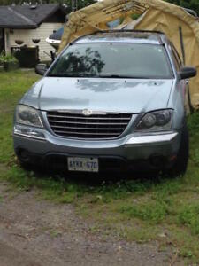 2006 Chrysler Pacifica 7-Seated SUV, Crossover $1000.00 OBO