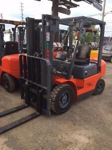NEW VALUE FORKLIFT - 5000lb cap. DIESEL