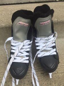 Hespeler Hockey Skates Size 4Y