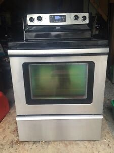 Stove, dishwasher, microwave oven range bundle