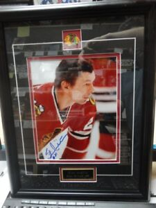 STAN MIKITA CUSTOM FRAMED AUTOGRAPHED 8x10 BLACKHAWKS!