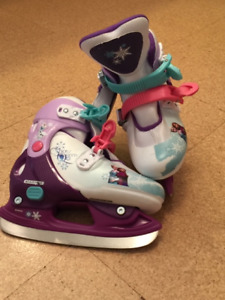Disney Frozen Adjustable Skates.