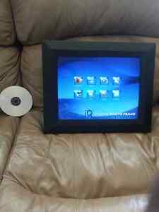 15 inch IQ Digital Picture Frame.   REDUCED $25