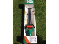 Black and Decker - Hedge Trimmer
