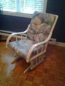 Chaise bercante Dutallier