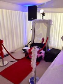 MAGIC MIRROR/PHOTO BOOTH HIRE - SPECIAL OFFER - ONLY £150