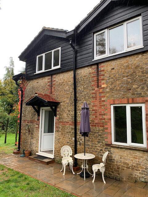 2 Bedroom Cottage to let   in Churt, Surrey   Gumtree