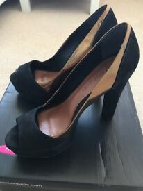 Black Suede Peep Toe Shoes-from Moda In Pelle- Size 6