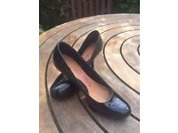 Dune Head over Heels black patent shoes Size 6