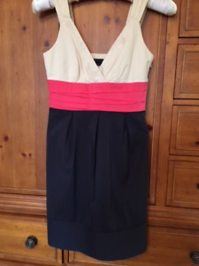 BCBGMaxazria 3-colour dress. Size 2.