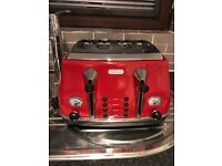 Delonghi Double size Toaster