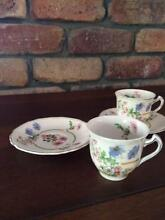 Vintage Alfred Meakin Royal Marigold Vintage Coffee Cups and Sauc Clear Mountain Pine Rivers Area Preview