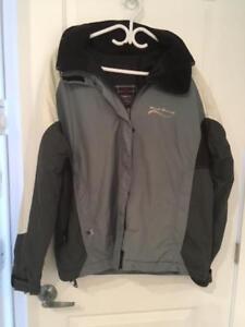SUPERBE manteau pour activités extérieur(Excellent état)