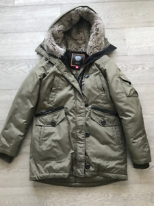 Vince Camuto - Green Parka - S
