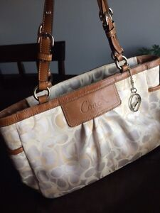 Authentic Coach purse, excellent used condition