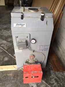 Fournaise au mazout- Dettson (oil boiler) + Riello burner