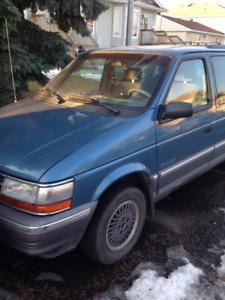 1992 Plymouth Voyager LE Other