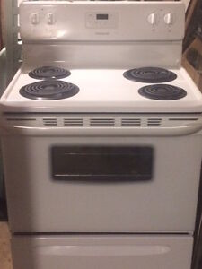 HIGH quality STOVE Frigidaire