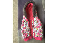 Girls Flower Gilet/Body Warmer age 2-3years. From F&F, great condition.