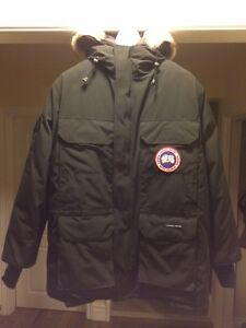 canada goose expedition parka in toronto