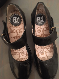 Chaussures Fly-London gr.7 femme