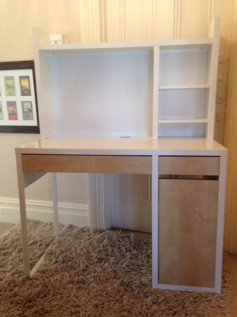 ikea micke workstation in white and beech ideal medium size desk for bedroom or study in. Black Bedroom Furniture Sets. Home Design Ideas