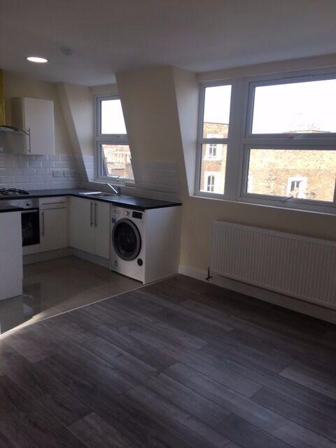 Two Bedroom Flat in Fernhead Road