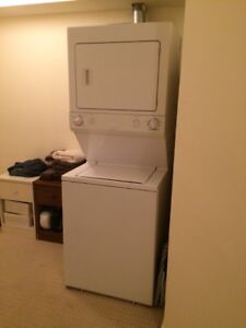 FRIGIDAIRE LAUNDRY CENTER IN EXCELLENT CONDITION