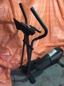 healthrider c860e elliptical cross trainer